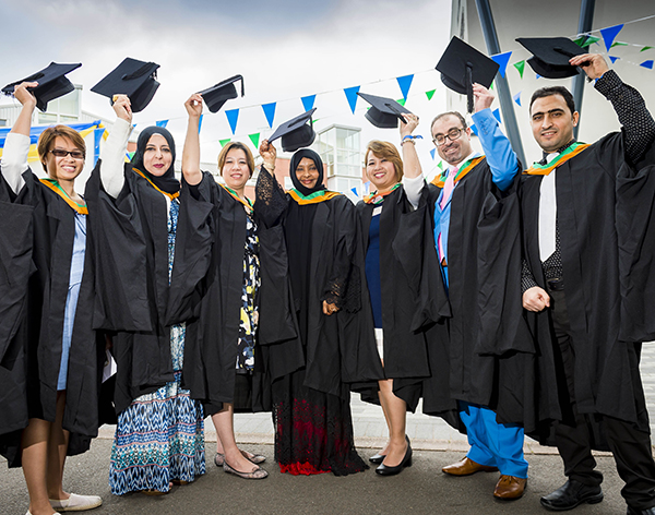 Graduates from award-winning international programme helping fight kidney disease
