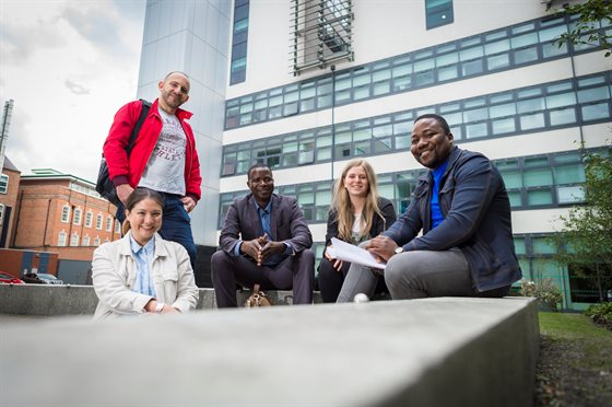 Dmu welcomes study showing number of international - De montfort university international office ...
