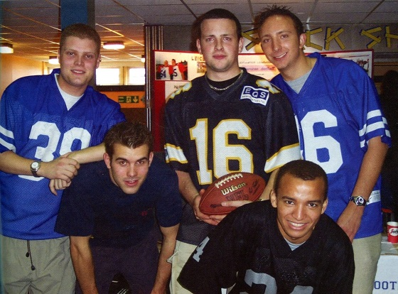 VARSITY HISTORY American Football Team 2001.WEB