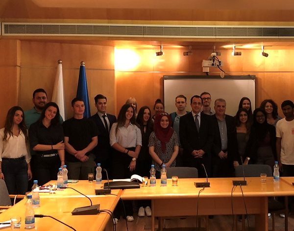 Students discuss refugee crisis with government ministers in Cyprus