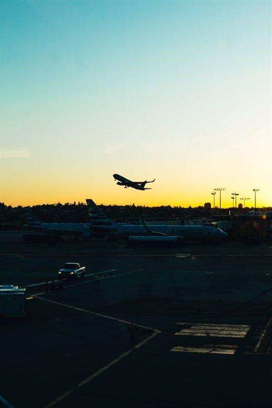 THUMB ai airplanes