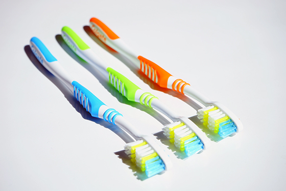 toothbrushes-Main