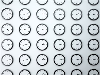 Lots%20of%20clocks%20on%20a%20wall