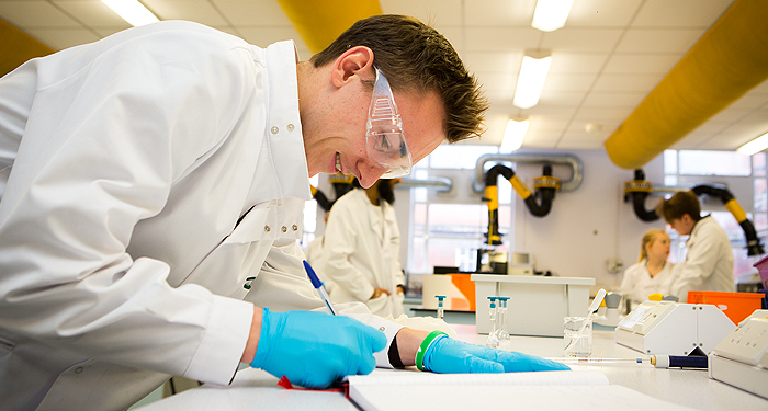 biomedical science Get information on how your degree in biomedical sciences will have given you the skills to work at the forefront of medical research, as well as valuable skills that could lead you into other careers.